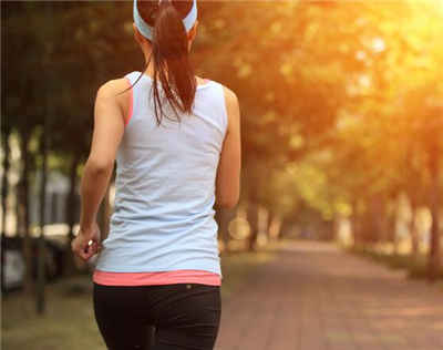 Is it healthy to run in the morning or at night?